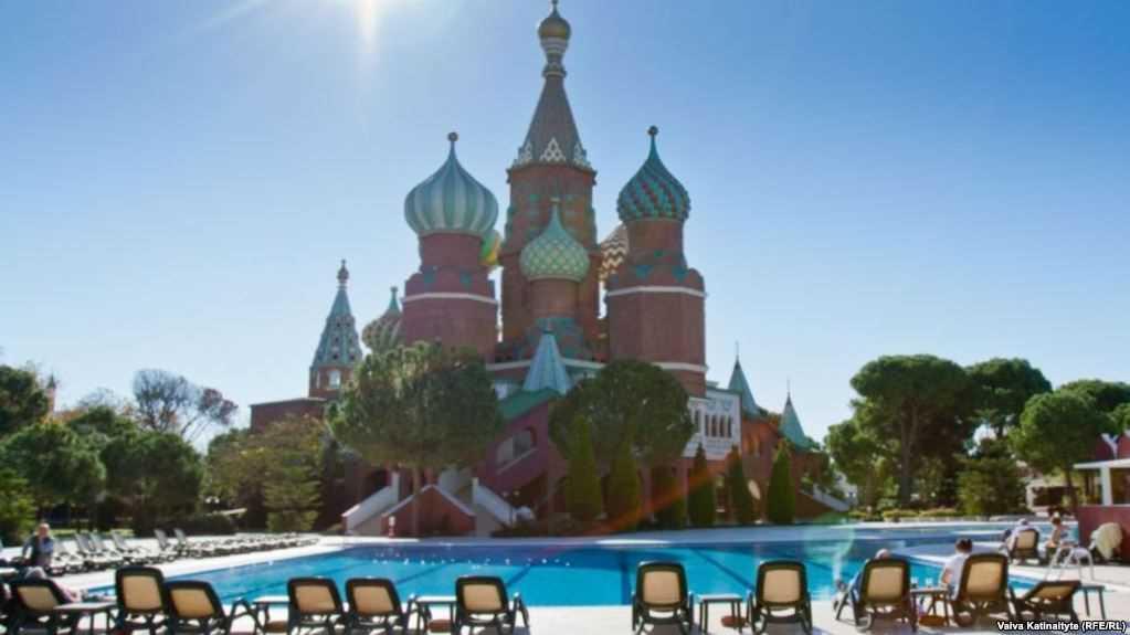 отель Кремль в Анталии