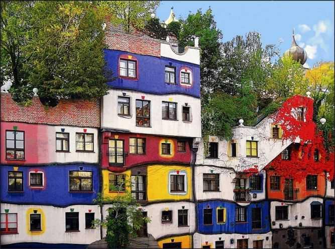 Фото дома Хундертвассера