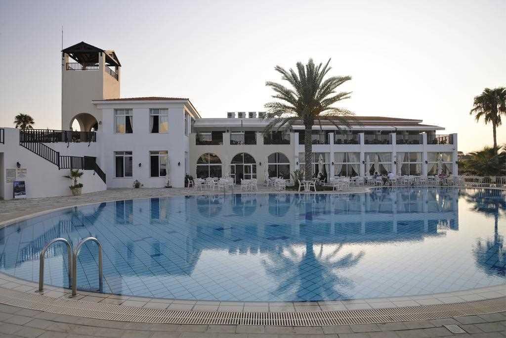Почему отель Акти Бич Пафос завоевал бешенную популярность?