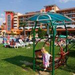 Отель хризантема солнечный берег в Болгарии заманивает вкусной едой
