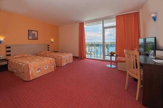 Как выглядит номер в отеле Селена Созополь